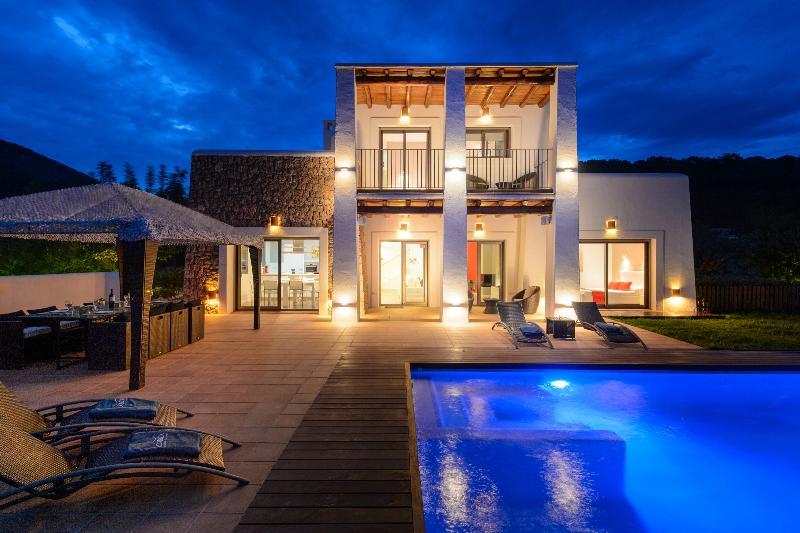 Villa Slim - Image 1 - Ibiza Town - rentals