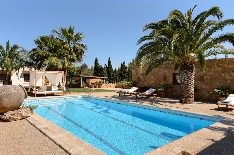 Villa Sinclar - Image 1 - Sant Antoni de Portmany - rentals