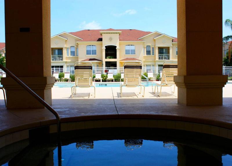 Terrace Ridge Pool - Splash of Fun - Davenport - rentals