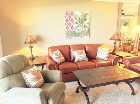 ALL NEW Living Room Furniture! - Chinaberry 475 - Siesta Key - rentals