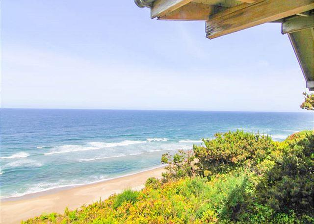 Convenient Location with Spectacular Views in Central Lincoln City - Image 1 - Lincoln City - rentals