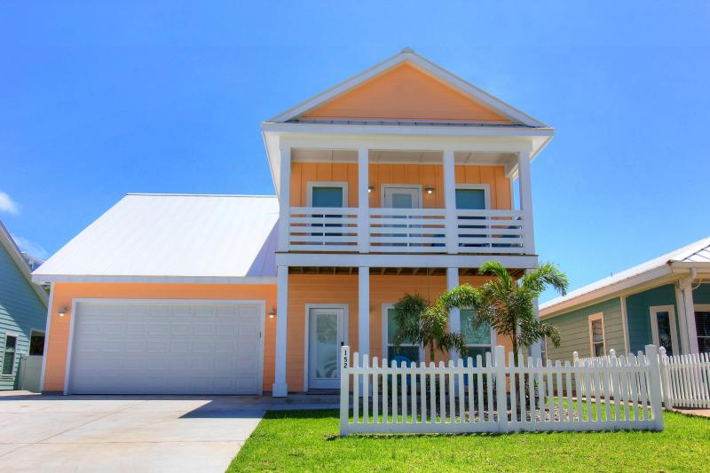 Aquaholics Anonymous, 5 bedrm home in Royal Sands - Image 1 - Port Aransas - rentals