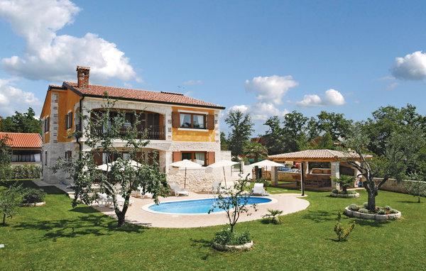 5 bedroom Villa in Porec Buici, Istria, Porec, Croatia : ref 2046992 - Image 1 - Filipini - rentals