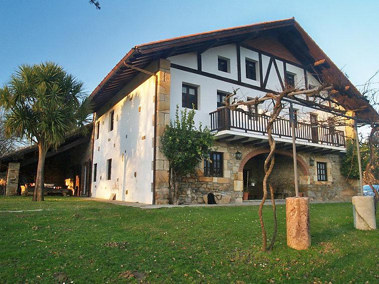7 bedroom Villa in Gatika   Pais Vasco, Basque Country, Spain : ref 2055662 - Image 1 - Lemoiz - rentals