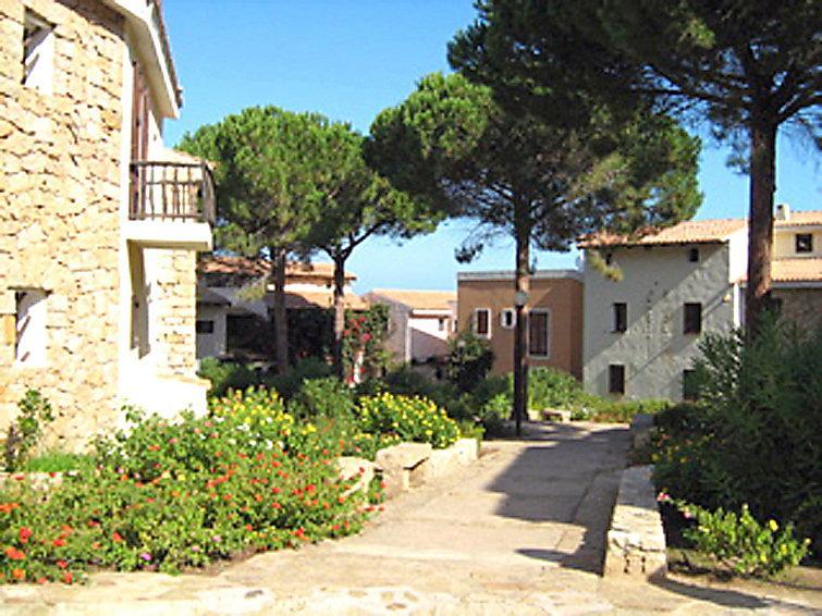 3 bedroom Apartment in Baia Sardinia, Sardinia, Italy : ref 2058996 - Image 1 - Baia Sardinia - rentals