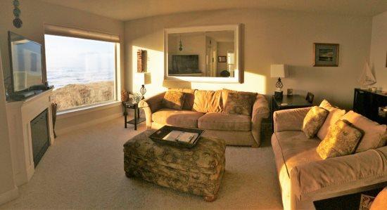 Bright and welcoming - #822/1 - Premium Ocean and Beach View - Westport - rentals