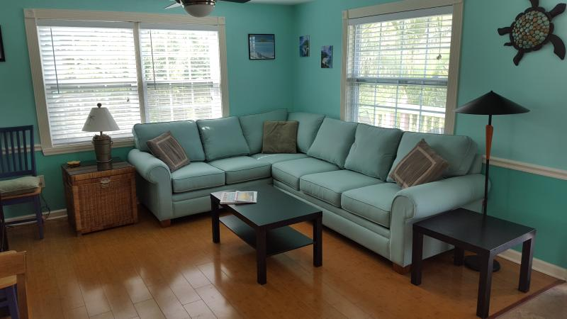 Suite A  2 Bedroom Living Room - Ohana Hale North  2  Bedroom on Anna Maria - Holmes Beach - rentals
