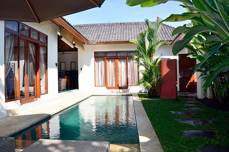 The pool is in the courtyard of the villa. - Villa Asri - a private escape in Penestanan, Ubud - Ubud - rentals