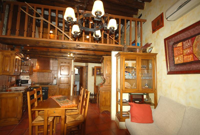 Beautiful rustic living area - Beautiful Rustic House Tossa De Mar - Tossa de Mar - rentals