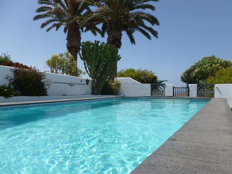 One of the largest private pools on the Island. - Stunning villa -11mtr Private pool Hot tub  WiFi - Teguise - rentals