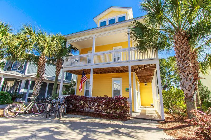 Front of home - Bananarama-Majestic Sunsets - Santa Rosa Beach - rentals