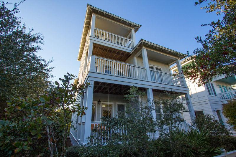 "Front of Home - ""Wave Hello"" one of the best beach locations - Santa Rosa Beach - rentals"
