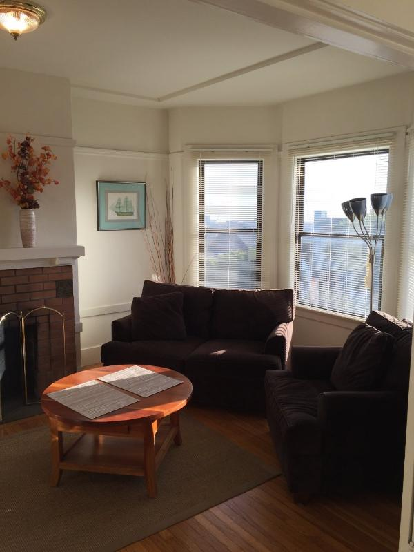 Furnished 2-Bedroom Flat at 19th St & Texas St San Francisco - Image 1 - San Francisco - rentals
