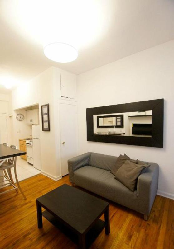 Beautiful SoHo Apartment With 2 Bedrooms and 1 Bathroom - Image 1 - New York City - rentals