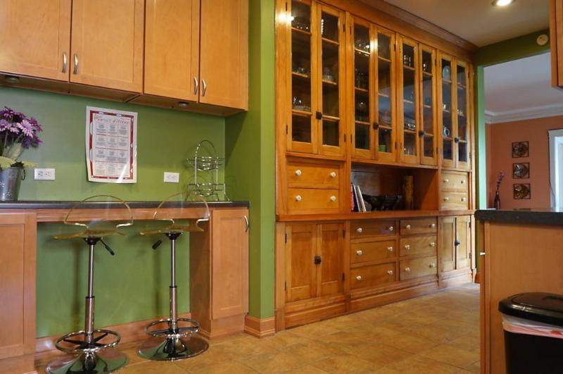 Furnished 2-Bedroom Condo at S Crandon Ave & E 74th St Chicago - Image 1 - Hyde Park - rentals