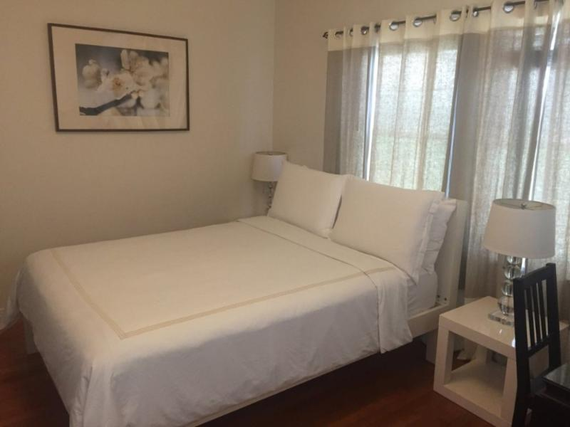 Furnished Studio Apartment at California Ave & 2nd St Santa Monica - Image 1 - Santa Monica - rentals