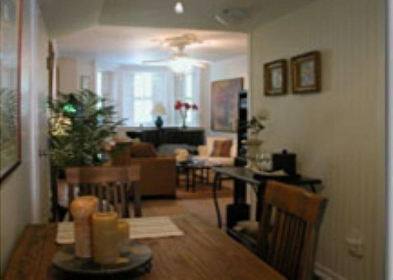 Furnished 1-Bedroom Apartment at N Lincoln Ave & N Sedgwick St Chicago - Image 1 - Chicago - rentals