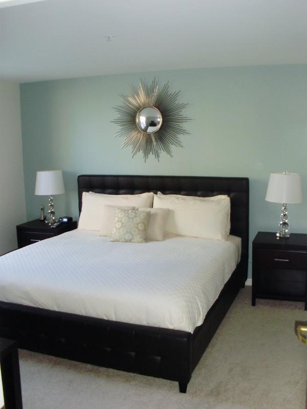 Furnished 2-Bedroom Apartment at Massachusetts Ave & Brookline St Cambridge - Image 1 - Cambridge - rentals