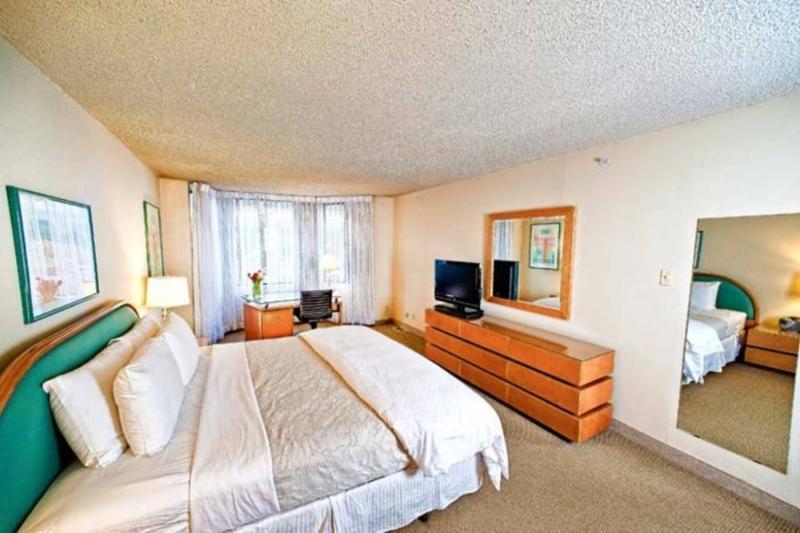 2 bedroom townhouse in Georgetown - Image 1 - Rosslyn - rentals