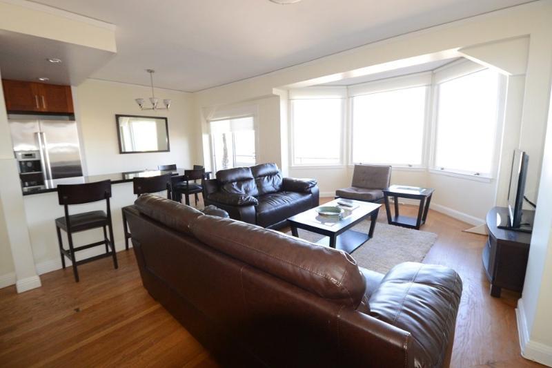 Furnished 2-Bedroom Apartment at Hyde St & Lombard St San Francisco - Image 1 - San Francisco - rentals