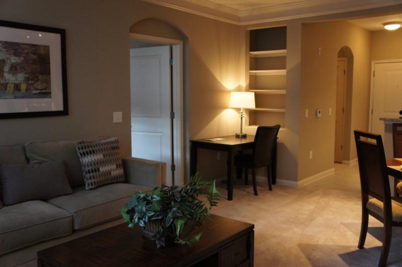 Warm and Delightful 2 Bedroom 2 Bathroom Apartment in Houston - Image 1 - Houston - rentals