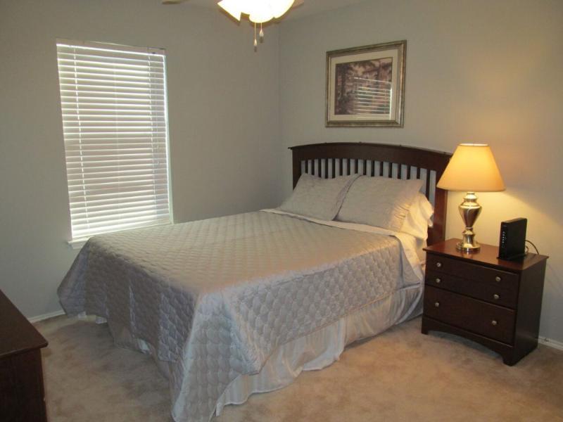 Furnished 3-Bedroom Apartment at N Villa Oaks Dr & Butterfly Branch Pl Spring - Image 1 - Conroe - rentals