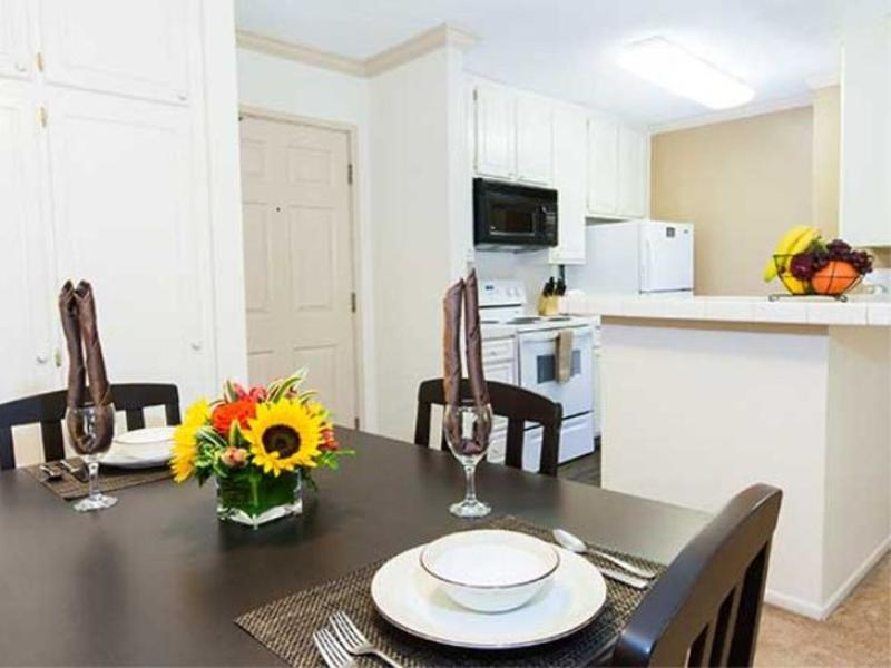 Furnished 1-Bedroom Apartment at Forest Lawn Dr & Barham Blvd Los Angeles - Image 1 - Los Angeles - rentals