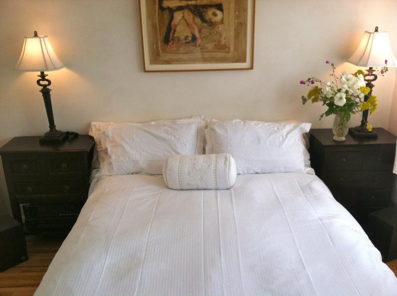 Furnished 1-Bedroom Duplex at Broadway & 12th St Santa Monica - Image 1 - Santa Monica - rentals