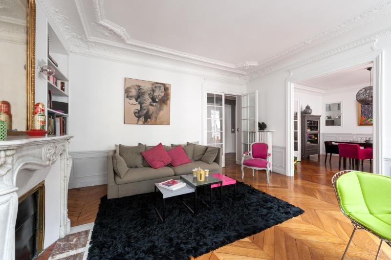 onefinestay - Rue de Passy private home - Image 1 - Paris - rentals