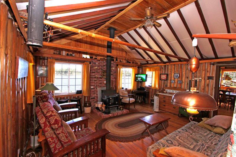 Nestlewood Private cottage (#1053) - Image 1 - Huntsville - rentals