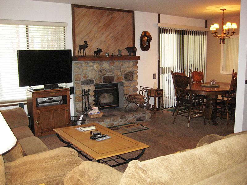 Living Room and Dining Room - Horizons 4 - HZ173 - Mammoth Lakes - rentals