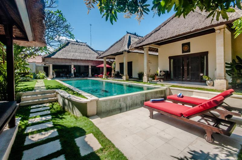 3 Bedrooms - Villa Kebun - Central Seminyak - Image 1 - Seminyak - rentals
