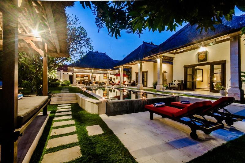 2 Bedrooms - Villa Kebun - Central Seminyak - Image 1 - Seminyak - rentals