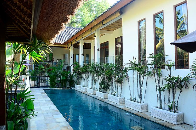 The pool is on a separate level protected by a pool gate and fence. - Villa Indah - Magical valley views and privacy - Ubud - rentals