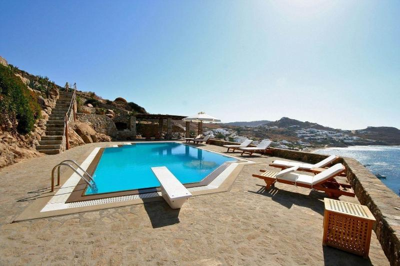 Blue Villas | Jovita Villa | Beautiful Design - Image 1 - Agios Ioannis - rentals