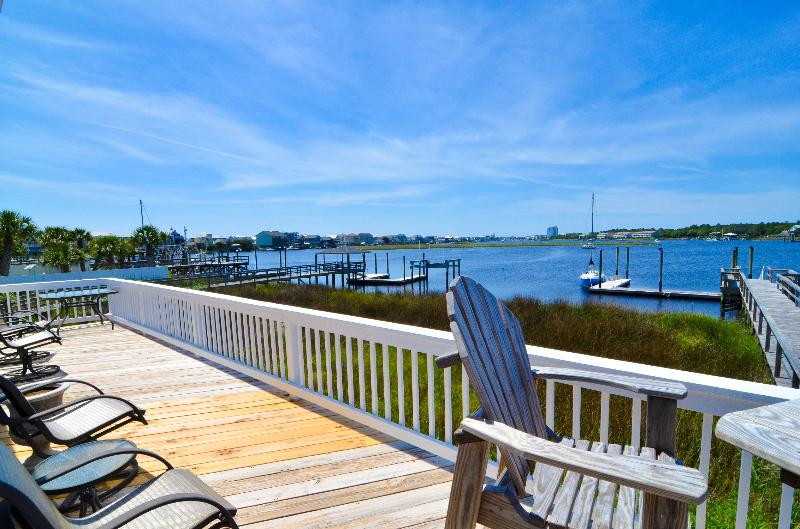 PLENTY OF SEATING ON THE DECK - Bay Watch- 3 Bedroom -w/Loft as 3rd BR w/Boat Slip - Carolina Beach - rentals