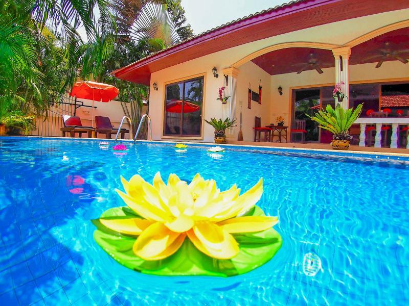 Paradise Found - twice the space, half the price - Image 1 - Rawai - rentals