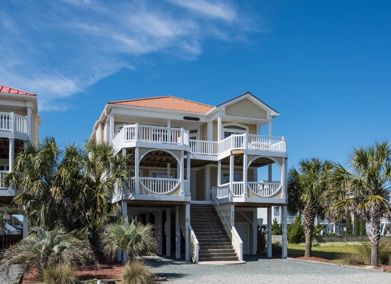 5 BR, 5 1/2 Bath with Game Room & Private Pool - 5BR OceanView - game room & bikes!! Walk to town! - Ocean Isle Beach - rentals