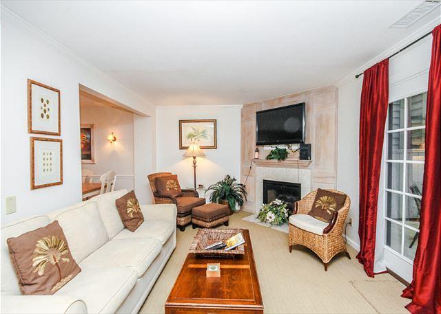 Waterford D-58 - Waterford D-5, 2 Bedrooms, Large Pool, Golf View, Tennis, Sleeps 6 - Hilton Head - rentals