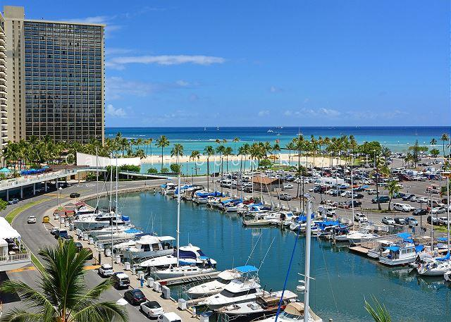 Panoramic sunset, ocean & harbor views; walk to beach. 1 Bedroom, Sleeps 4. - Image 1 - Waikiki - rentals