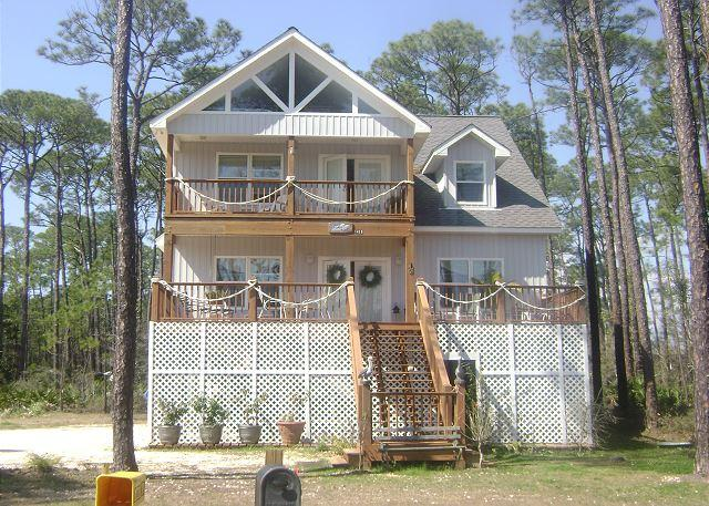 """""""Pelican Post"""" near the Gulf of Mexico   Pet-Friendly   Over the Dune! - Image 1 - Dauphin Island - rentals"""
