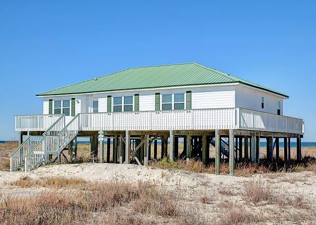 """Mosey Inn"" near the Bay 