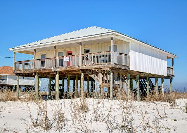 """Beachy Keen"" 4 Bedrooms/2 Baths, Sleeps 10! Two Large Decks! On the Sound! - Image 1 - Dauphin Island - rentals"