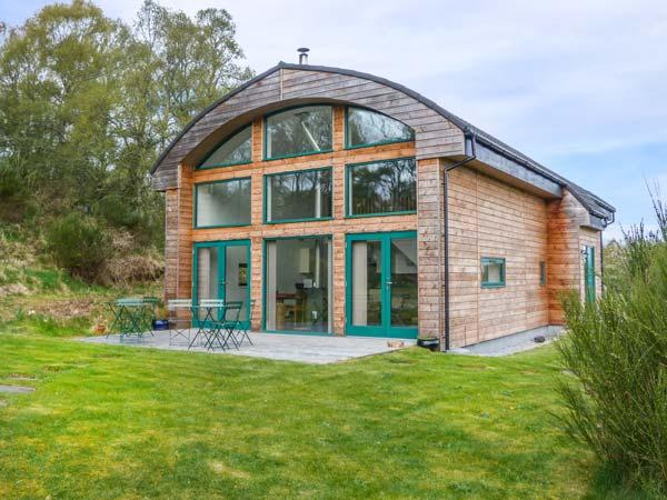 THE BELL, eco-friendly, woodburning stove, quirky summerhouse, Nairn, Ref 5324 - Image 1 - Nairn - rentals
