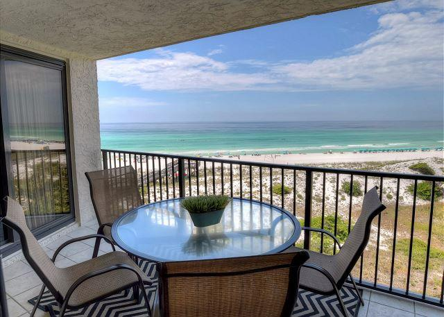 """FLIP FLOPS FOREVER""  4 person Golf Cart Included. Now taking shorter stays - Image 1 - Sandestin - rentals"
