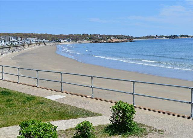 Walk to Long Beach in 3 minutes. - Two Beaches: Immaculate single-level 3BR between Long Beach & Good Harbor - Gloucester - rentals