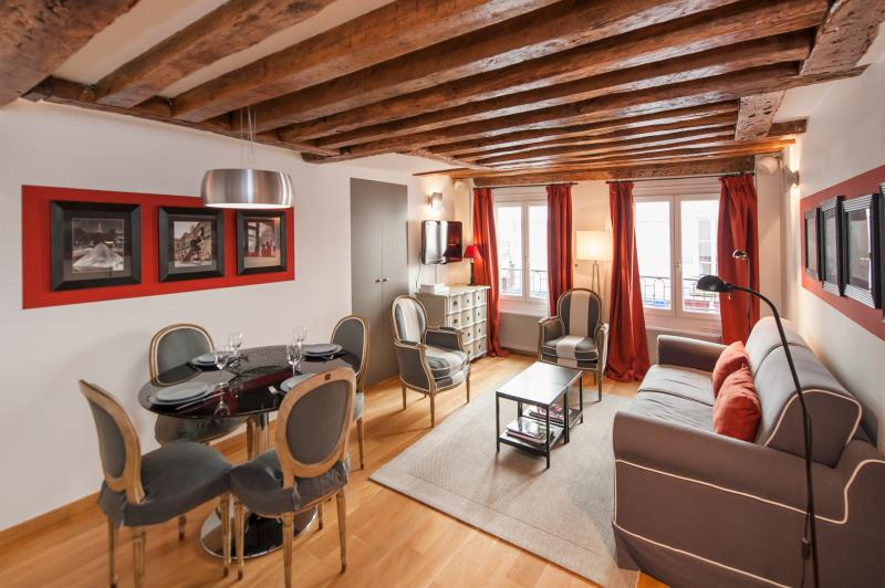Living room/Dining area - December special rate - Cosy 1BD in rue Saint Honoré - Paris - rentals