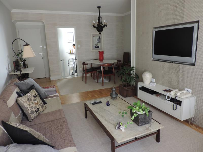 Living Room - (sala de estar) - Exclusive district near Ibirapuera Park - Sao Paulo - rentals