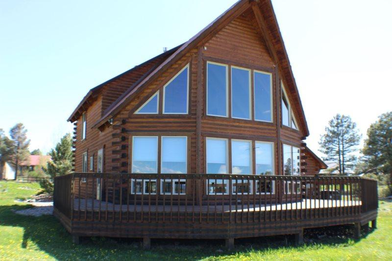 Aunt M`s Kickback Cabin is a 3 bedroom vacation home in Pagosa Springs offering amazing views of the San Juan Mountains. - Image 1 - Pagosa Springs - rentals