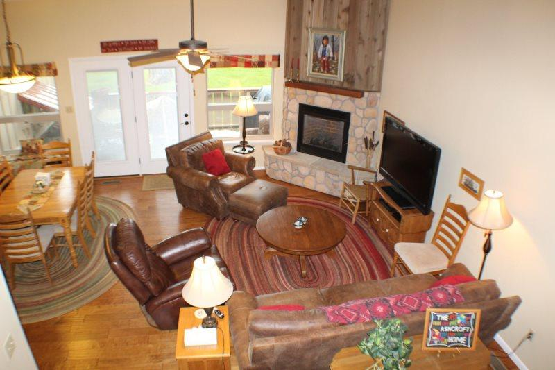 Lodge 3026 is a warm family-friendly vacation condo for your next Pagosa - Image 1 - Pagosa Springs - rentals
